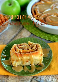 Craving caramel apples?  Try these Caramel Apple Cinnamon Rolls for a sweetly satisfying breakfast treat!  These gorgeous rolls are topped w...