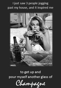 bubbles are an inspiration! Champagne on the Brain. Vintage Champagne, Champagne Taste, Champagne Cocktail, Champagne Glasses, Sparkling Wine, Champagne Quotes, Wine Jokes, Cocktails, Prosecco Drinks