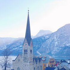 A gorgeous winter scene in Hallstat. Photo courtesy of sabzwong on Instagram.