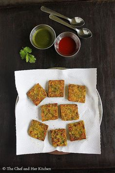 Who hasn't heard if maharashtrian snacks? One such snack is Kothimbir Vadi. Kothimbir Vadi is basically fritters made up of coriander leaves using besan(chickpea flour).You can basically call them as Coriander-Chickpea flour Squares. Indian Dessert Recipes, Indian Snacks, Ethnic Recipes, Bread Recipes, Snack Recipes, Cooking Recipes, Cake Recipes, Maharashtrian Recipes, Quick Healthy Snacks