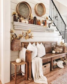 The Best Rustic Neutral Fall Decorations for Your Home - One Thousand Oaks - - A collection of the best rustic neutral fall decorations for you home. Everthing you need to decorate your home with Neutral Fall decor. Diy Rustic Decor, Rustic Home Design, Farmhouse Decor, Farmhouse Style, Modern Farmhouse, Farmhouse Design, Rustic House Decor, Cowboy Home Decor, Rustic Homes
