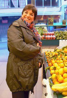 Comprando un poco de fruta :)