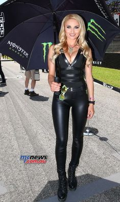 Racing Outfit – Best Outfits to Wear Leather Dresses, Leather Pants, Spandex Girls, Monster Energy Girls, Promo Girls, Promotional Model, Leder Outfits, Grid Girls, Overall