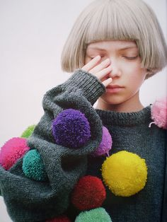 Tavi Gevenson in Rei Kawakubo for Pop Magazine. Inspiration for fancy dress / costume. Pom pom makers at the ready. Textiles, Tavi Gevinson, Pom Pom Sweater, Tacky Sweater, Gray Sweater, Rei Kawakubo, Mode Editorials, Mode Style, Pulls