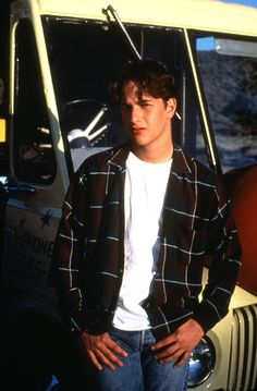 Why I'll Never Get Over '90s-Era Josh Charles