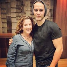 Another throwback, Taylor with a fan at an early John Carter screening. #taylorkitsch #timriggins #texasforever #cleareyesfullheartscantlose