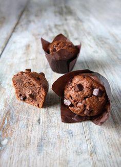 Muffins al cioccolato con interno alla nutella... li adoro!!! <3