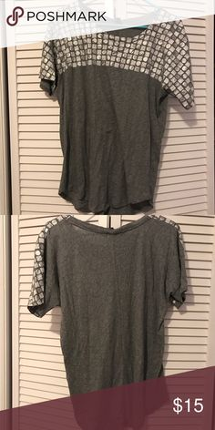 J Crew Women's Top So soft & comfortable. In great condition. J. Crew Tops Tees - Long Sleeve