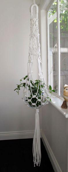 I love the top - the way it is horseshoe shape… Borrow Smalltown- Modern Macrame hanging plant,  Go To www.likegossip.com to get more Gossip News!
