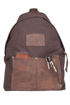 Introducing another new backpack. Atelier de lArmée handcrafted bag218 is made out of a deadstock light waxed heavy cotton canvas mixed with deadstock thick cowhide leather and a french army leather rifle sling strap. This one of a kind bag is for sale via atelierdelarmee.com
