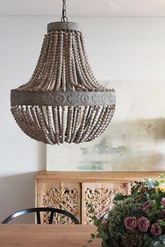 La nueva casa de Sara Carbonero en Oporto con muebles Kenay Home - lampara
