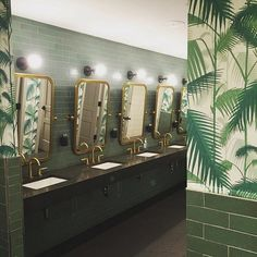 Dreamy bathroom moment at @wework captured by @studioenvie in #dswallpaper