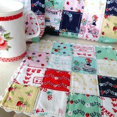Vintage Market Mug Rug- Tasha Noel fabric
