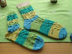 Fischernetz Socken Strickanleitung, Häkelanleitung, Muster