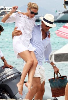 Love this white dress from ? Positano