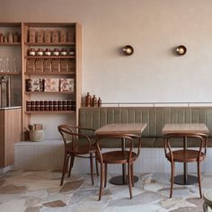 restaurant interior This deli in Australia features paved floors and sandy plaster walls that nod to Romes narrow alleyways Decoration Restaurant, Deco Restaurant, Pub Decor, Modern Restaurant, Restaurant Banquette, Modern Cafe, Plywood Furniture, Design Furniture, Cafe Furniture