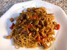 Wok de nouilles chinoises au tofu : Recette de Wok de nouilles chinoises au tofu - Marmiton