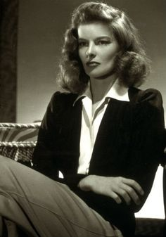 Fashion Hits of Old Hollywood - Icon People - Ideas of Icon People - Katharine Hepburn Woman of the Year Old Hollywood Style, Hollywood Icons, Old Hollywood Glamour, Hollywood Fashion, Golden Age Of Hollywood, Hollywood Celebrities, Vintage Hollywood, Hollywood Stars, Classic Hollywood