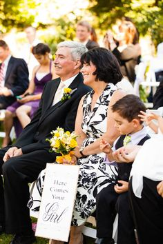 7 Unique Ways to Honor Your Mom on Your Wedding Day