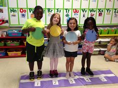 Chalk Talk: Pete the Cat and His Four Groovy Buttons Story Retelling Activity