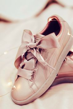Pretty in pink ✨ Pastel Shoes, Puma Basket Heart, Powder Pink, Fenty Puma, Bow Sneakers, Baby Blue, Pretty In Pink, Trainers, Vans