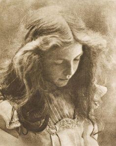 Die Kunst in der Photographie : 1900 Die Kunst in der Photographie : 1900 Photographer: Aura Hertwig Title: Lotte