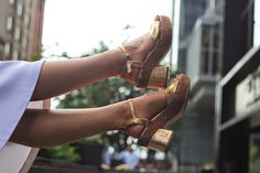 golden shoes new york fashion week myberlinfashion stlye