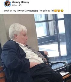 Look at my lawyer Dawgggggg I'm goin to e - iFunny :) Funny Black Memes, Stupid Funny Memes, Funny Tweets, Funny Facts, Really Funny, Funny Cute, Hilarious, Fact Quotes, Mood Quotes