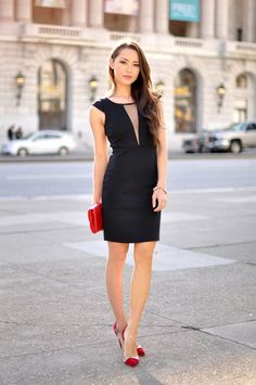 Party outfit ideas 2019 Comfortable New Yr will allow you to overlook your entire resentment and produce peace and concord in relations along with in society. Outfit Vestido Negro, Hapa Time, Jessica Ricks, Illusion Dress, Dress Shapes, Womens Fashion For Work, Fashion Over 50, Night Outfits, Women's Fashion Dresses