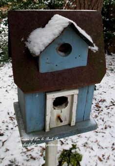 Blue Birdhouse (Garden of Len & Barb Rosen)