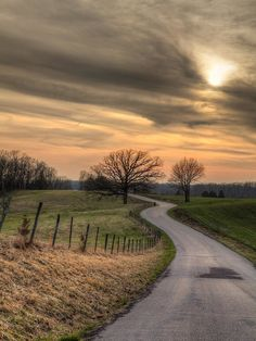 Country road at sunset in Perry County Missouri.  #visitMo #Rural #dusk #larrybraunphotography