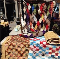 Killims in Golborne Road market, next to the fresh fruit veg stall. Pop by for a mooch! Fruit And Veg, Fresh Fruit, London Places, West London, The Fresh, Marketing, Carpets, Moroccan, Pop