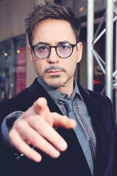 attends 'Iron Man movie premiere, held at Le Grand Rex on Apri Disney Marvel, It Movie 2017 Cast, 3 Movie, Le Grand Rex, Robert Jr, Robert Downey Jr., Iron Man Avengers, Iron Man Tony Stark, Actrices Hollywood