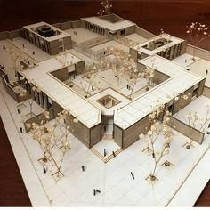 La imagen puede contener: tabla e interior Architecture Site Plan, Architecture Model Making, Museum Architecture, Architecture Student, Concept Architecture, Computer Architecture, School Building Design, School Design, Bungalow Haus Design