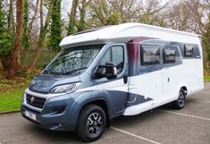 2018 Hobby Premium 3 berth, end bathroom, French bed model, 4 seat belts. Tall Fridge, Skylight Blinds, Used Motorhomes, Vanity Basin, French Bed, Shower Cubicles, Seat Belts, Central Heating, Southampton