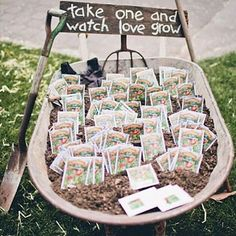 Wants something unique and different for your wedding favor? Ultra love this idea of giving the guests a plant seed for them to watch the love grow! Such a cute idea for a garden wedding, isn't it? Who's inspired by this too? Tag a friend and show some love! Image via @rockmywedding