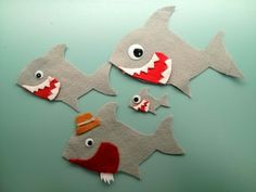 Two felt stories that go along with the songs Slippery Fish and Baby Shark. Perfect for storytime or circle time.
