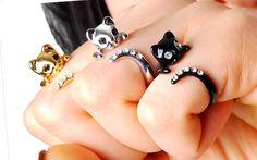 Anel Cat banhado e esmaltado preto com cristais Swarovski