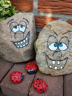easy rock painting ideas, stone art for your inspiration Rock Painting Patterns, Rock Painting Ideas Easy, Rock Painting Designs, Pebble Painting, Pebble Art, Stone Painting, Painting Art, Stone Crafts, Rock Crafts