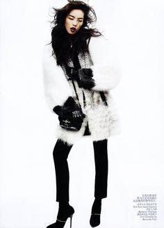 Fei Fei Sun Josh Olins5 Fei Fei Sun for Vogue China November 2011 by Josh Olins