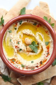 Easy Homemade Hummus This Homemade Hummus couldnt be easier if it tried Just plonk everything in a food processor and youre on your way One condition there must be tahini hummus houmous tahini dip Veggie Recipes, Appetizer Recipes, Vegetarian Recipes, Cooking Recipes, Healthy Recipes, Dip Recipes, Appetizers, Health Food Recipes, Beef Kabob Recipes