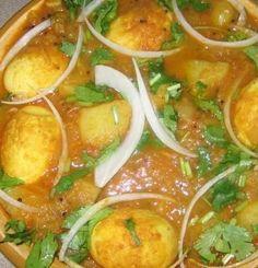 Surinaams eten!: Surinaamse massala eieren met aardappel Healthy Indian Recipes, Spicy Recipes, Veggie Recipes, Asian Recipes, Vegetarian Recipes, Cooking Recipes, Cooking Time, Suriname Food, Good Food