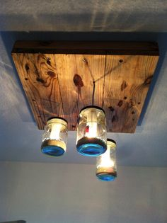 Pallet, Mason Jar, Over head Lighting, Great for above the sink...