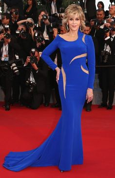 """Jane Fonda in Atelier Versace attends the Premiere of """"The Sea Of Trees"""" during the 68th annual Cannes Film Festival. #bestdressed"""