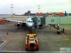 Aeroflot Boeing 767-300ER am Gate von Moskau Sheremetyevo - Check more at https://www.miles-around.de/trip-reports/economy-class/aeroflot-boeing-767-300er-economy-class-budapest-nach-moskau/,  #Aeroflot #avgeek #Aviation #Boeing #Boeing767-300ER #BUD #EconomyClass #Flughafen #Moskau #SVO #Trip-Report