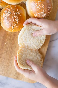 These fluffy, golden Sourdough Hamburger Buns will bring your burger night to the next level! Start the dough in the morning, and buns are ready by dinner. Sourdough Hamburger Buns Recipe, Sourdough Bread, Butterhorn Rolls Recipe, Croissants, Scones, Burger Night, Brioche Bread, Biscuits, Muffins