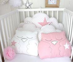Tour de lit bébé en 60cm large, réversible, nuages et hiboux, rose et blanc