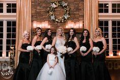 Jasmine & Her bridesmaids in the ballroom!