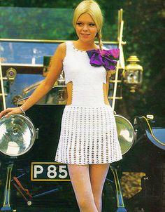 Crochet Vintage Pattern Mini Dress with by eVintageVixen Vintage Crochet Patterns, Vintage Knitting, Crochet Ideas, Knitting Patterns, Princess Line Dress, White Lipstick, Black Crochet Dress, Angel Dress, Knit Patterns