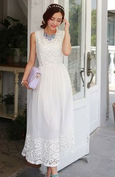 Elegant long white/black floor length sleeveless chiffon maxi ...